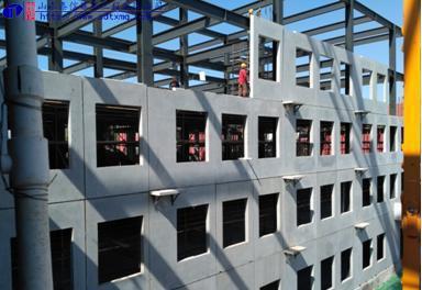 形式,框架全部为钢结构,其他结构均为预制拼装,工程预制装配率达到85%
